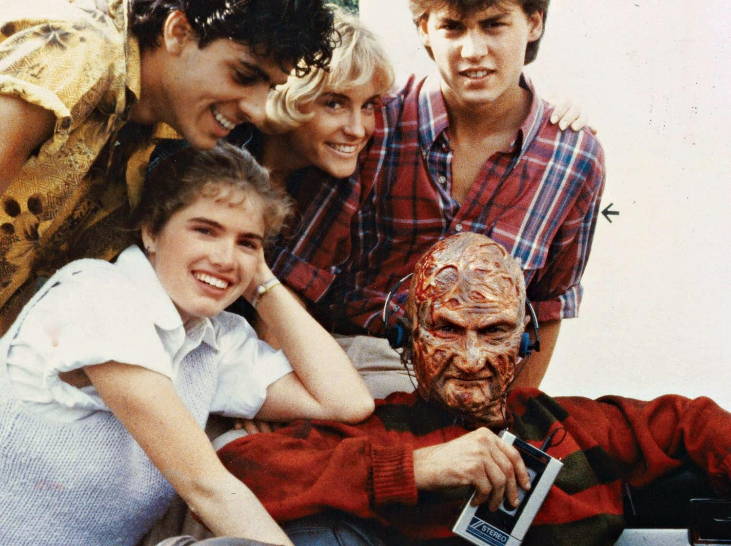 What if the Nightmare on Elm Street Kids Had Been on Facebook?
